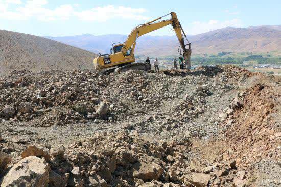 عملیات اجرایی احداث مخزن آب 2 هزار مترمکعبی شهر قطور آغاز شد
