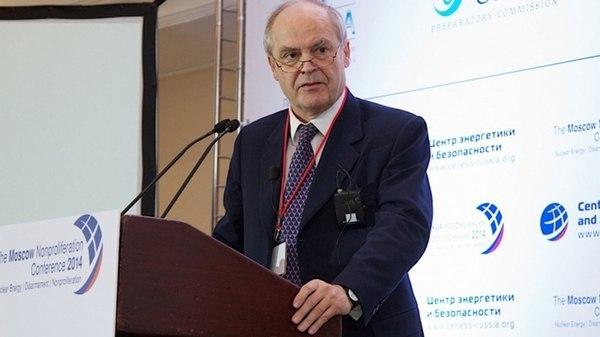 سفیر اسبق انگلیس: هیچ منعی برای آزمایش موشکی ایران در قوانین بینالمللی وجود ندارد