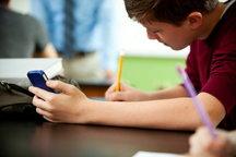 پیشنهاد ممنوعیت استفاده از گوشی موبایل توسط کودکان زیر ۱۳ سال