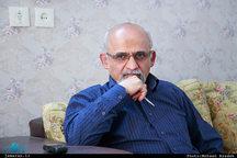 محسن میردامادی: دکتر یزدی باصبوری واقع بینانه برای اصلاح کجروی ها  تلاش کرد.