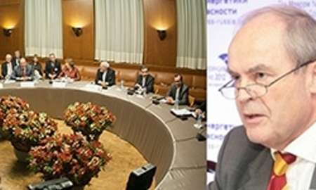 آمریکا نمی تواند ایران را از حق غنی سازی محروم کند