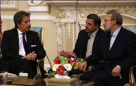 لاریجانی: راه حل های نظامی صرف برای مبارزه با تروریسم درست نیست