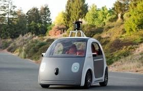 گوگل بدنبال وارد کردن خودروهای خودران به جاده ها