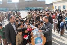 توزیع 25هزار پاکت مهربانی برای کمک به 1300 دانش آموز نیازمند نهاوندی