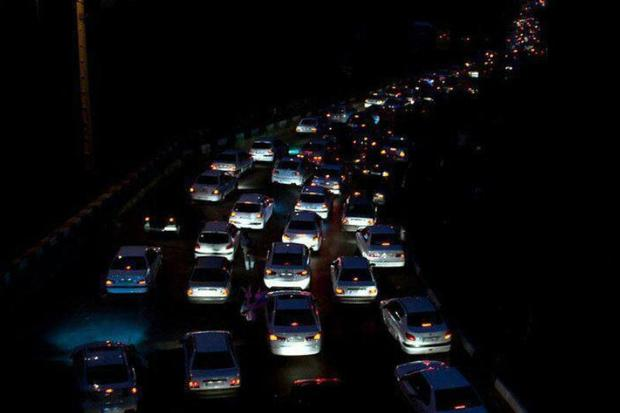 ترافیک محور تهران- مشهد در محدوده سمنان نیمه سنگین است