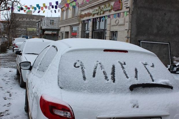 برف راه ارتباطی 6 روستای خلخال را بست