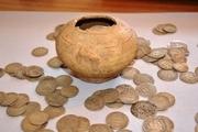 727 عدد سکه تاریخی در لامرد کشف شد