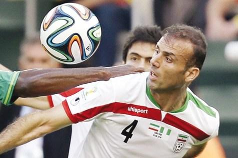 سید جلال حسینی: واقعاً با فوتبال بینالمللی فاصله داریم