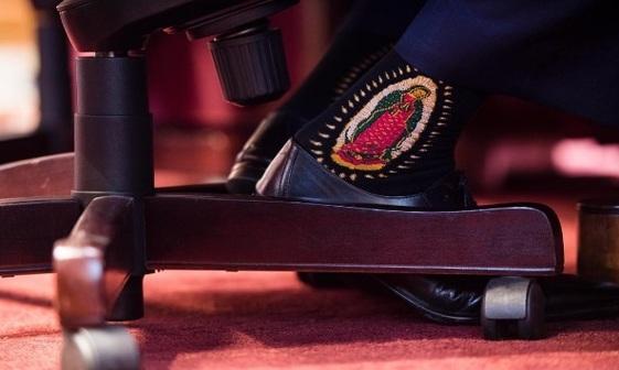 جوراب های جنجالی وزیر کشور ترامپ