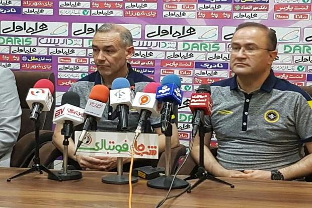 مربی فوتبال سپاهان: نایب قهرمانی کمتر از قهرمانی نیست