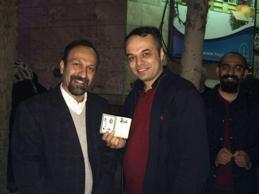 اصغر فرهادی رای خود را به صندوق انداخت+عکس