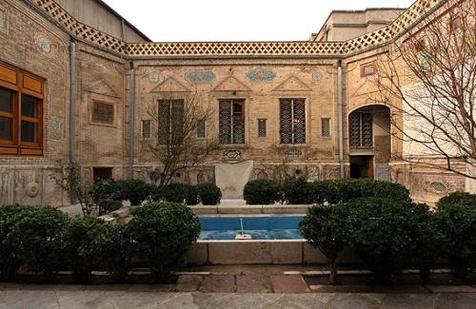 مدیر موزه ملک تهران در گفت وگو با جی پلاس، فردا موزهها سکوت می کنند
