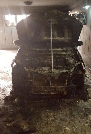 خودروی نامزد اصلاح طلب را آتش زدند+عکس
