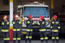 آتش نشانان کرج 9 شهروند گرفتار در آتش را نجات دادند
