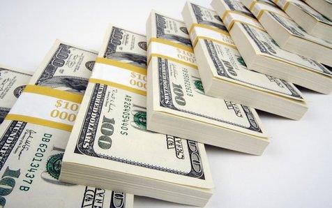 عبور دلار از ۳۸۰۰ تومان