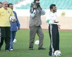 احمدی نژاد آمد و «سلفی» گرفت