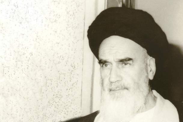 """سردبیر نشریه نیودان کنیا : امام خمینی توانست مردم را رهبری کرده و به استعمار """"نه"""" بگوید"""