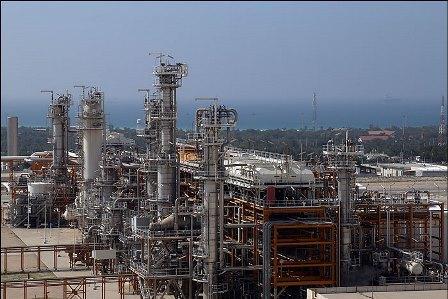گاردین: شرکتهای نفت و گاز دنیا برای بازگشت به ایران صف کشیده اند