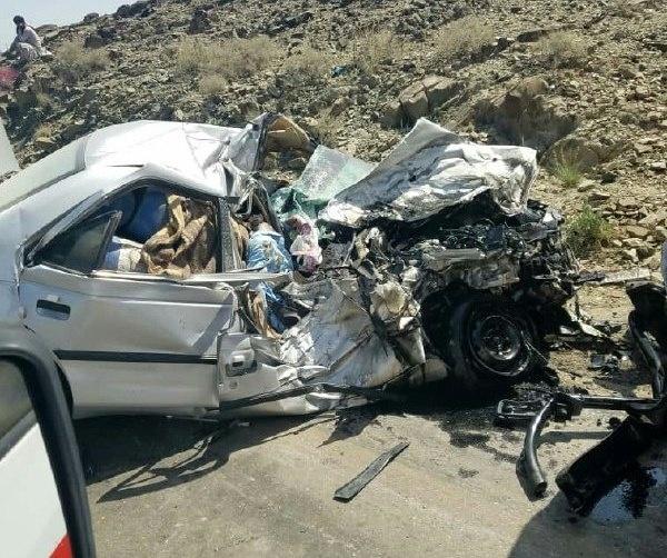12 کشته و مجروح در تصادف محور ایرانشهر-نیکشهر