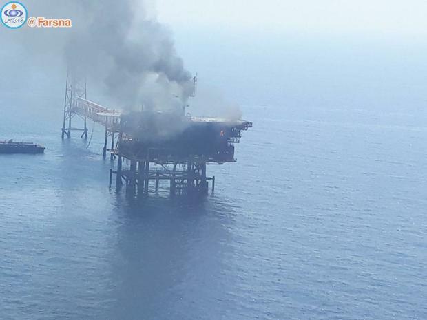 حادثه در سکوی نفتی ایران در خلیج فارس + عکس