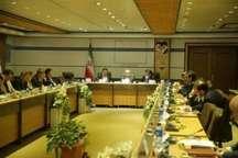 تصویب 20 طرح زیربنایی و اشتغال زایی در قم احداث نیروگاه خورشیدی 10 مگاواتی