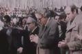 ماجرای حضور چند آمریکایی پشت سر آیت الله منتظری  در نماز جمعه تهران چه بود؟