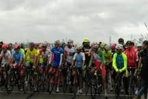 تیم هرمزگان قهرمان مسابقه دوچرخه سواری پیشکسوتان کشور شد