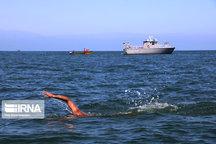 شناگر همدانی در آبهای خزر برنز گرفت
