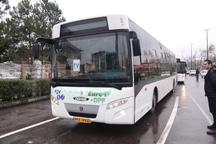 رژه خودرویی 80 دستگاه اتوبوس در کلانشهر رشت برگزار شد