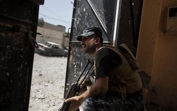 عکس/ نبرد کوچه به کوچه با داعش در آخرین محله ها