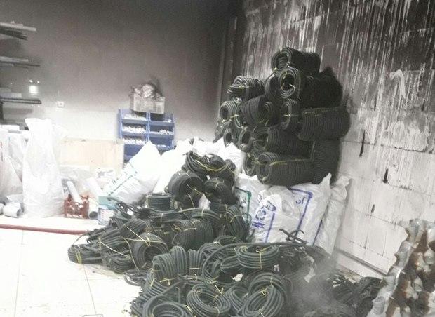 آتش سوزی در یک فروشگاه لوازم ساختمانی در تبریز اطفاء شد