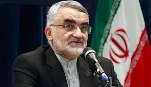 نظر بروجردی درباره ادعای دستیابی احمدی نژاد به پرونده های اطلاعاتی