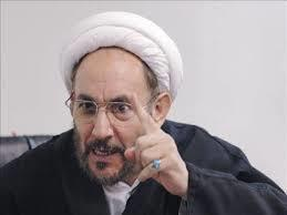 یونسی:  عارف برای ریاست لاریجانی مصلحت اندیشی می کند