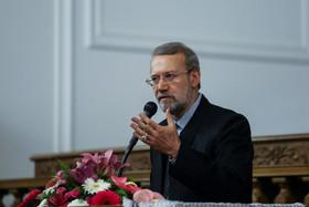 لاریجانی:غرب در برابر مسأله تروریسم دچار حیرت است