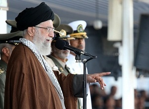 رهبر انقلاب اسلامی:عکس العمل ما در برابر موذی گری عربستان سخت خواهد بود