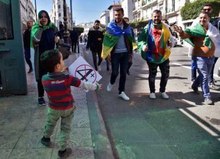 کارگران نفت و گاز الجزایر به اعتراض های مردم پیوستند