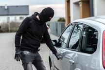 دستگیری سارق حرفهای داخل خودرو در گچساران