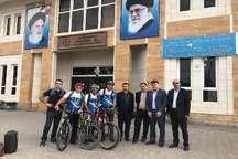 رکاب زنی دوچرخه سواران گیلانی از آستارا تا باکو با شعار حفظ محیط زیست خزر