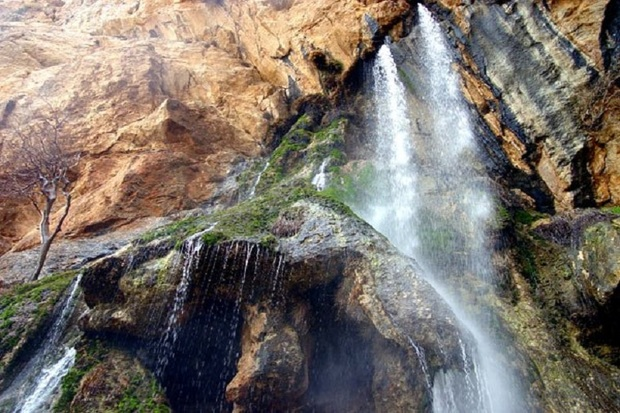آبشار شاهلولاک لنجان، شور حضور گردشگران