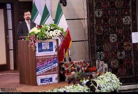 رئیس مرکز ملی فرش ایران: 20 هزار بافنده فرش امسال مشغول به کار می شوند
