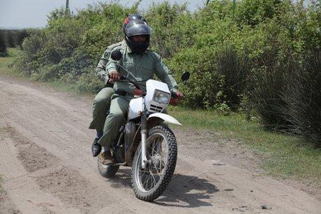 وزارت دفاع تجهیزات محیط بانان را تامین می کند