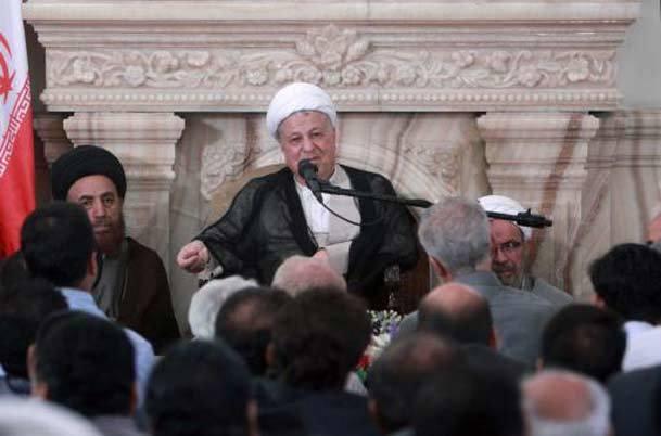 هاشمی: انقلاب اسلامی ایران در سایه اسلام و رهبری امام (س)، بر دوش مردم ایران به پیروزی رسید