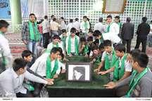 ادای احترام چند گروه دانش آموزی به مقام امام راحل