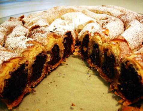 جی پلاس: پخت سریع شیرینی شکلاتی با بادام / فیلم