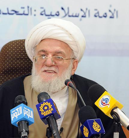 امام خمینی (ره) وحدت را در قانون اساسی و متن انقلاب اسلامی به عنوان خط استراتژیک انقلاب قرار دادند