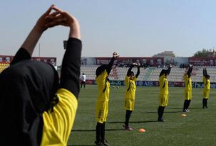 عکس روز/ فوتبال بانوان افغان