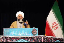 امام جمعه زنجان: ایران تسلیم خواستههای آمریکا نمیشود