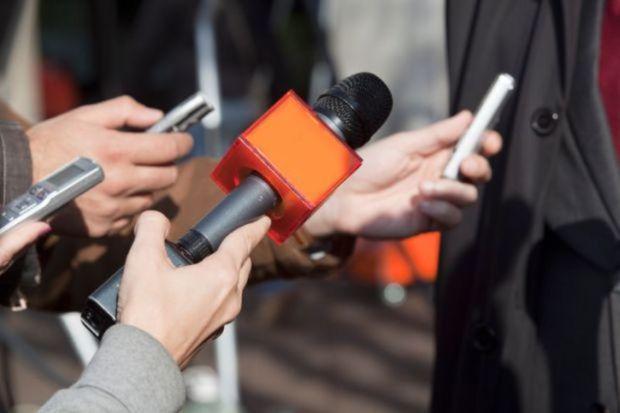 خبرنگاران واقعیت های جامعه را انعکاس دهند