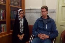 دانشجوی آلمانی در حرم مطهر رضوی مسلمان شد