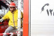 مهار آتش سوزی خانه ویلایی در رشت با تلاش 39 آتش نشان